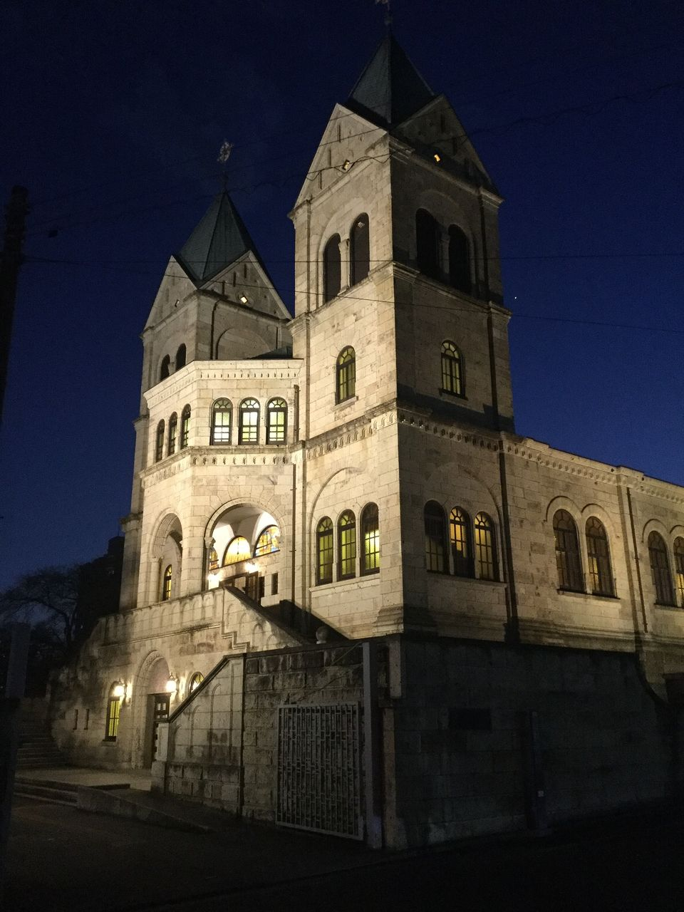 カトリック松が峰教会 ライトアップ